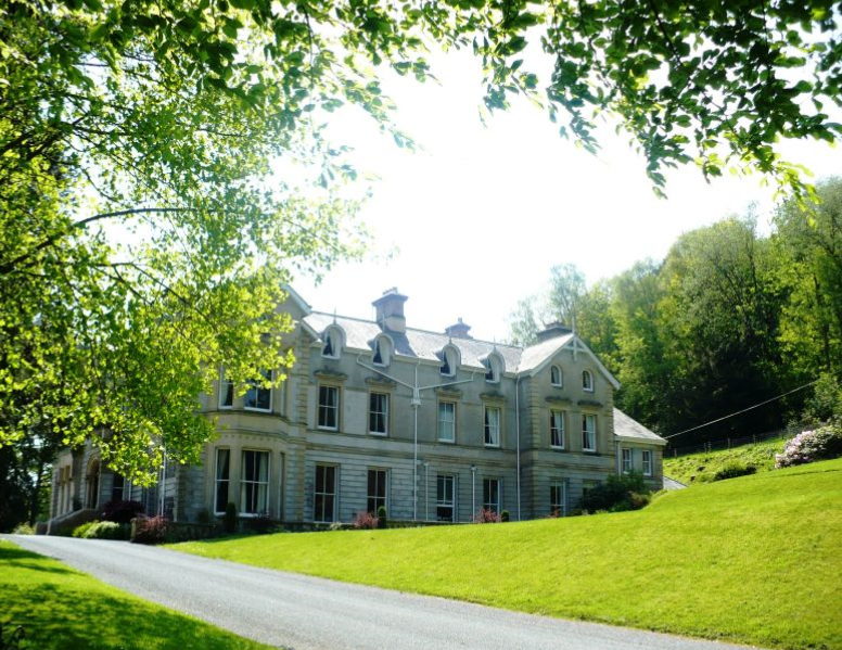 Broneirion Country House